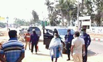 শায়েস্তাগঞ্জে সরকারি নির্দেশ না মানায় ৫ দোকানে জরিমানা