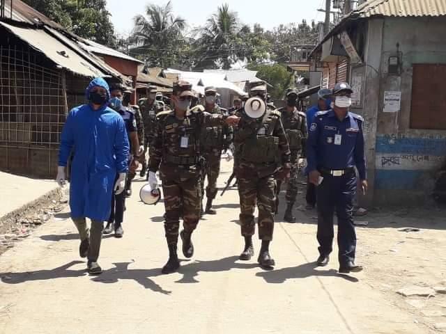 আজমিরীগঞ্জে সামাজিক দুরত্ব নিশ্চিত করতে সেনাবাহিনীর টহল