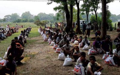 আজমিরীগঞ্জে মাননীয় প্রধান মন্ত্রীর ত্রান উপহার বিতরন